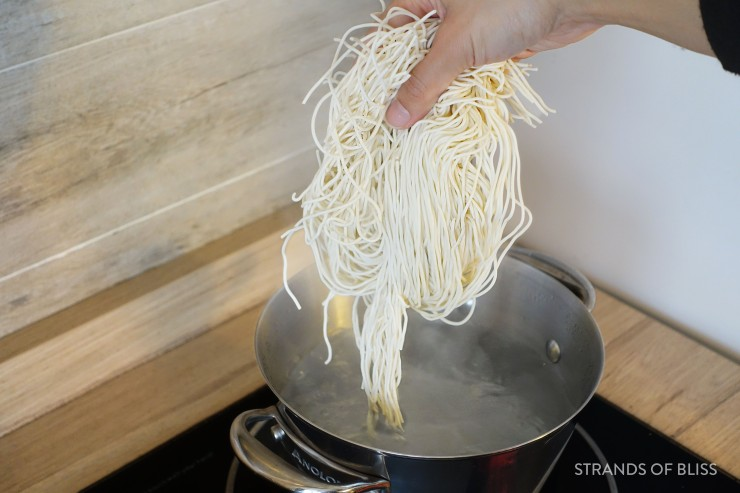 cong you ban mian_noodles in pot